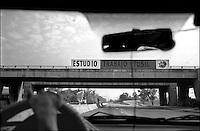 Cuba, Havana.<br /> La strada per l'aereoporto Jos&egrave; Marti'.<br /> Cuba, Havana.<br /> The road to the airport Jos&egrave; Marti'.