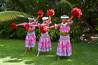 Pretty Hawaiian girls dancing, Oahu, Hawaii