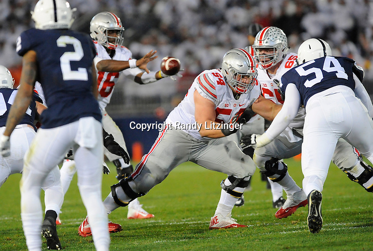 22 October 2016:  Ohio State G Billy Price (54) blocks. The Penn State Nittany Lions upset the #2 ranked Ohio State Buckeyes 24-21 at Beaver Stadium in State College, PA. (Photo by Randy Litzinger/Icon Sportswire)