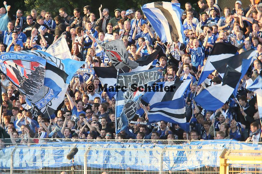 Fans aus Bielefeld - SV Darmstadt 98 vs. Armina Bielefeld, Stadion am Böllenfalltor