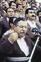 Irak 1991.Meeting au stade d'Erbil: le discours de Jalal Talabani.Iraq 1991.Jalal Talabani's meeting in Erbil stadium