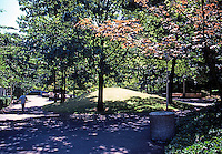 Portland: Pettygrove Park, Portland Center. Halprin & Assoc.  Photo '86.
