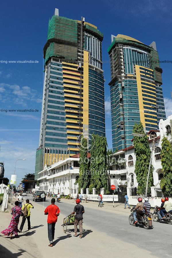 Tanzania Dar es Salaam, construction of new skyscrapers / TANSANIA Dar es Salam, Neubau neuer Hochhaeuser