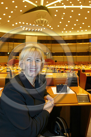 BRUSSELS - BELGIUM - 27 February 2002--The Swedish Commmissioner for Environment Mrs. Margot WALLSTR?M (Wallstrom, Wallstroem) in the EU-Parliament. --PHOTO: JUHA ROININEN / EUP-IMAGES