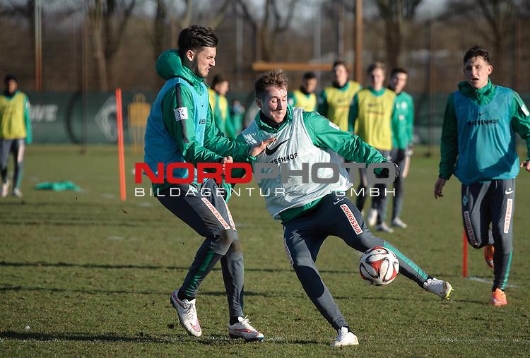 18.02.2015, Trainingsgelaende, Bremen, GER, 1.FBL, Training Werder Bremen, im Bild Florian Grillitsch (Bremen #36), Izet Hajrovic (Bremen #14)<br /> <br /> Foto &copy; nordphoto / Frisch