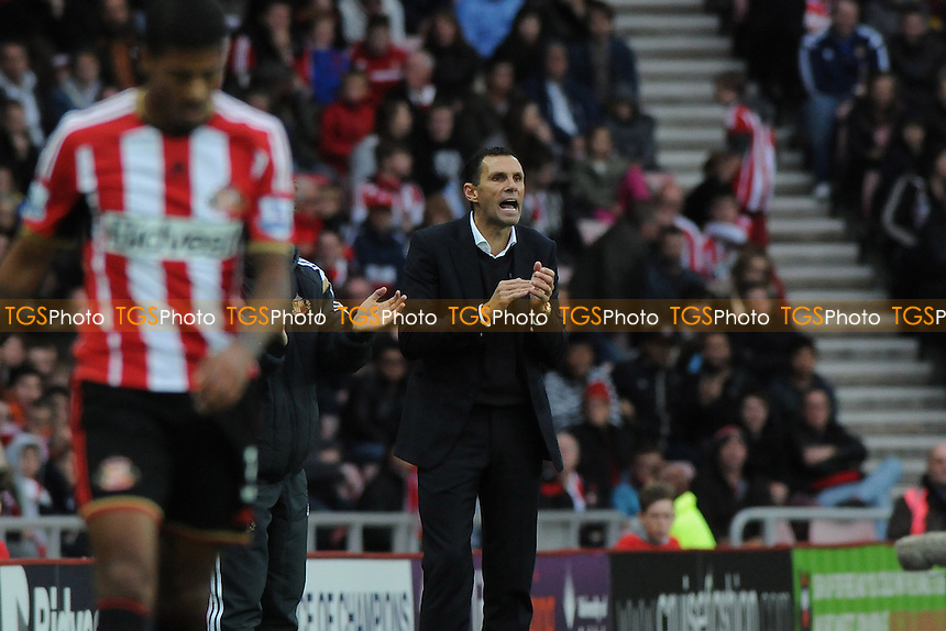 Sunderland manager Gus Poyet - Sunderland AFC vs Arsenal - Barclays Premier League Football at the Stadium of Light, Sunderland - 25/10/14 - MANDATORY CREDIT: Steven White/TGSPHOTO - Self billing applies where appropriate - contact@tgsphoto.co.uk - NO UNPAID USE