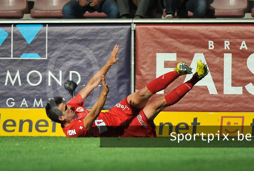 KV Kortrijk - Sporting Lokeren : Ivan Santini viert zijn doelpunt<br /> foto VDB / Bart Vandenbroucke