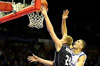 GRONINGEN - Basketbal, Donar - Vitautas, Champions League,  seizoen 2017-2018, 19-09-2017, Donar speler Evan Bruinsma scoort