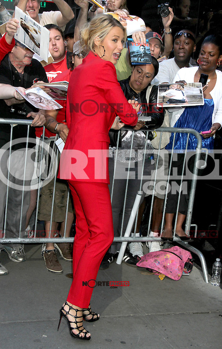 June 27, 2012 Blake Lively at Good Morning America in New York City to talk about her new movie Savages. &copy; RW/MediaPunch Inc. /**NORTEPHOTO:COM**<br /> **SOLO*VENTA*EN*MEXICO** **CREDITO*OBLIGATORIO**