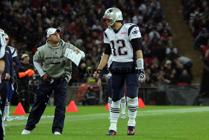 Offensive Coordinator Josh McDaniels mit QB Tom Brady (Patriots)