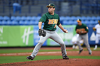Siena Saints pitcher Kyano Cummings (16) delivers a pitch during the first game of a doubleheader against the Michigan Wolverines on February 27, 2015 at Tradition Field in St. Lucie, Florida.  Michigan defeated Siena 6-2.  (Mike Janes/Four Seam Images)