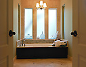 Helotes residential bath
