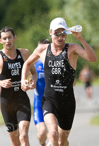 26 JUL 2008 - TREDEGAR, UK - Will Clarke tries to keep cool on his way to winning the British Elite Mens Triathlon Championships. (PHOTO (C) NIGEL FARROW)