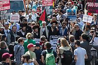 """Etwa 400-500 Menschen demonstrierten am Samstag den 1. Juni 2019 in Berlin mit dem sog. """"Al Quds-Marsch"""" gegen Israel. Alljaehrlich marschieren radikale Islamisten, Anhaenger der Hisbollah und der Diktatur im Iran zum Ende des islamischen Fastenmonats Ramadan durch Berlin und rufen zum Kampf gegen Israel auf. Sie wollen """"die Juden"""" aus Jerusalem (Quds) vetreiben und wollen Israel vernichten. Der """"Quds-Tag"""" wurde 1979 vom iranischen Revolutionsfuehrer Ayatollah Khomeini als politischer Kampftag etabliert, an dem weltweit fuer die Vernichtung Israels geworben wird.<br /> Dagegen protestierten fast 1.000 Menschen. Sie demonstrieren für Solidaritaet mit Israel und protestieren gegen jede Form von antisemitischer und islamistischer Propaganda in Berlin und forderten ein Verbot des Aufmarsches.<br /> Im Bild: Sog. """"Authentische Rabbis"""" demonstrieren mit in der Al Quds-Demonstration. Zwischen den Rabbis mit hellem Schal: Juergen Grassmann, Veranstalter des Al Quds.<br /> 1.6.2019, Berlin<br /> Copyright: Christian-Ditsch.de<br /> [Inhaltsveraendernde Manipulation des Fotos nur nach ausdruecklicher Genehmigung des Fotografen. Vereinbarungen ueber Abtretung von Persoenlichkeitsrechten/Model Release der abgebildeten Person/Personen liegen nicht vor. NO MODEL RELEASE! Nur fuer Redaktionelle Zwecke. Don't publish without copyright Christian-Ditsch.de, Veroeffentlichung nur mit Fotografennennung, sowie gegen Honorar, MwSt. und Beleg. Konto: I N G - D i B a, IBAN DE58500105175400192269, BIC INGDDEFFXXX, Kontakt: post@christian-ditsch.de<br /> Bei der Bearbeitung der Dateiinformationen darf die Urheberkennzeichnung in den EXIF- und  IPTC-Daten nicht entfernt werden, diese sind in digitalen Medien nach §95c UrhG rechtlich geschuetzt. Der Urhebervermerk wird gemaess §13 UrhG verlangt.]"""