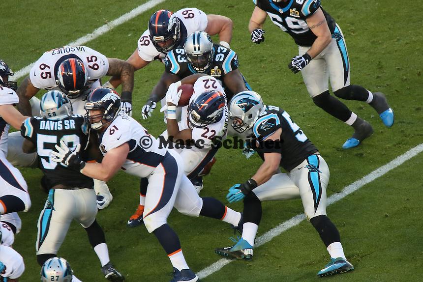 RB C.J. Anderson (Broncos) wird gestoppt - Super Bowl 50: Carolina Panthers vs. Denver Broncos