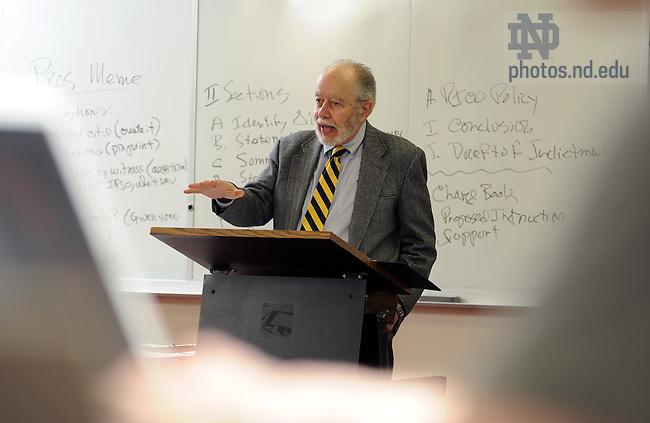 Law professor G. Robert Blakey teaches class