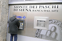 - Milan, bank Monte dei Paschi di Siena in Fontana Square<br /> <br /> - Milano, banca Monte dei Paschi di Siena in Piazza Fontana