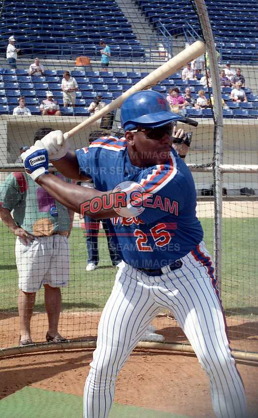 New York Mets Bobby Bonilla (25) during spring training circa 1992.  (MJA/Four Seam Images)