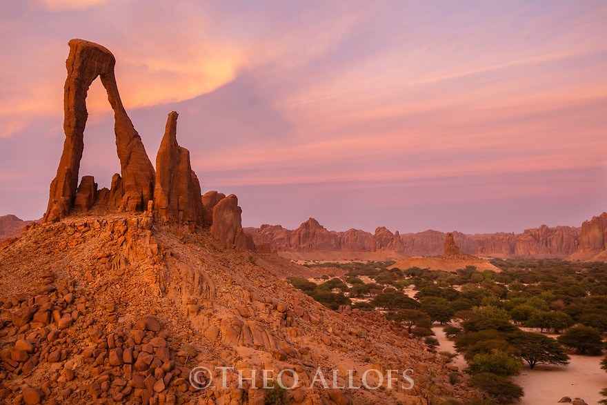Chad (Tchad), North Africa, Sahara, Ennedi, rock arch at sunset