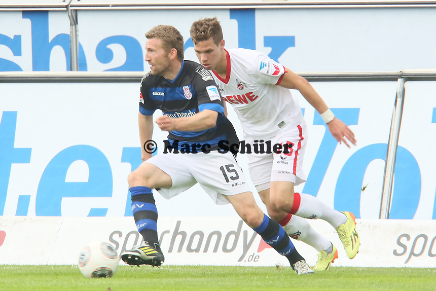 Alexander Huber (FSV) gegen Maxi Thiel (Koeln) - FSV Frankfurt vs. 1. FC Koeln, Frankfurter Volksbank Stadion