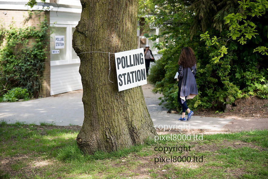 Pic shows; Polling station in Hampstead Garden Suburb<br /> sign on a tree.<br /> <br /> The elderly Jewish vote came out.<br /> <br /> <br /> <br /> Pic by Gavin Rodgers/Pixel 8000 Ltd