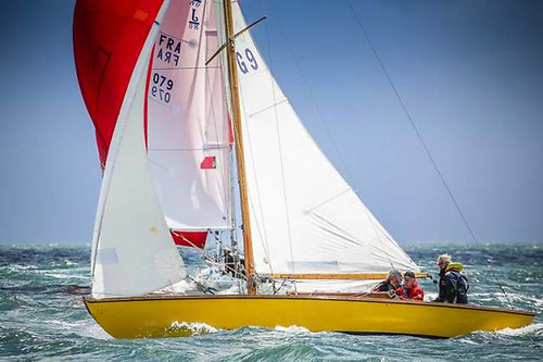 The Alfred Mylne classic Glendun (David Houlton) is the DBSC Thursday Glen Class Champion for 2020