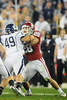 Jan. 1, 2011; Glendale, AZ, USA; Oklahoma Sooners linebacker (28) Travis Lewis against the Connecticut Huskies in the 2011 Fiesta Bowl at University of Phoenix Stadium. The Sooners defeated the Huskies 48-20. Mandatory Credit: Mark J. Rebilas-.