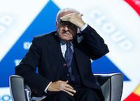 Vincenzo De Luca , presidente regione partecipa ad un convegno di Confindustria a Napoli