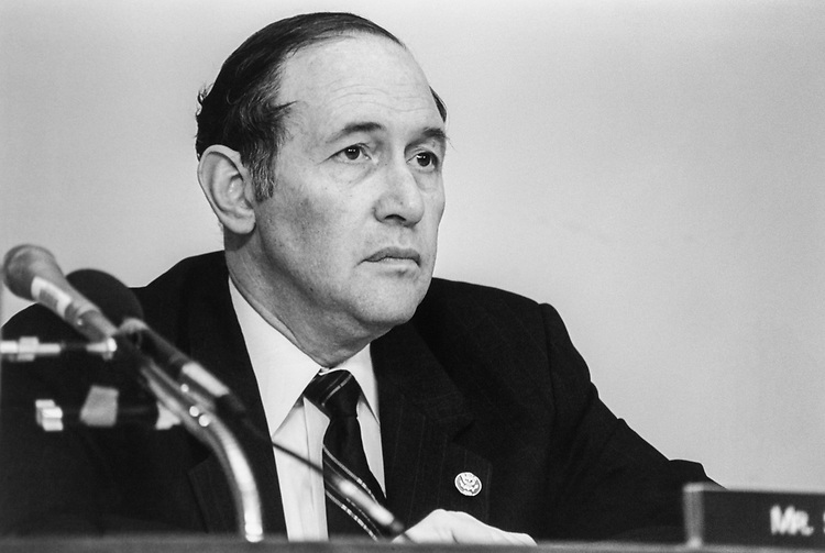 Close-up of Rep. Steven Schiff, R-N.M., in June 1995. (Photo by Maureen Keating/CQ Roll Call)