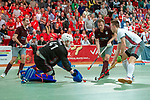 GER - Muelheim, Germany, January 26: <br /> During the men semi-final indoor hockey match between Club an der Alster (white) and Muenchner SC (red) on January 26, 2019 at the Final4 at the innogy Sporthalle in Muelheim, Germany. Final score 4-3 (1-0). (Photo by Dirk Markgraf / www.265-images.com) *** Local caption ***