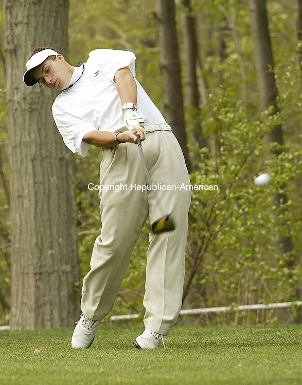 NAUGATUCK, CT, 04/30/09- 043009BZ15- Naugatuck's Antonio Sapata tees off on the third hole during a match against Watertown at Hop Brook Thursday.<br />  Jamison C. Bazinet Republican-American