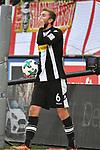 14.01.2018, RheinEnergieStadion, Koeln, GER, 1.FBL., 1. FC K&ouml;ln vs. Borussia M&ouml;nchengladbach<br /> <br /> im Bild / picture shows: <br /> Christoph Kramer (Gladbach #6),  h&auml;lt sich den Mund nach einer Kopfballaktion im K&ouml;lner Strafraum <br /> <br /> <br /> Foto &copy; nordphoto / Meuter