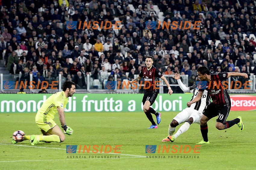 il gol Carlos Bacca Milan. goal celebration <br /> Torino 10-03-2017, Juventus Stadium, Football Calcio 2016/2017 Serie A, Juventus - Milan.<br /> Foto Daniele Buffa/Image Sport/Insidefoto<br /> nella foto: esultanza gol Carlos Bacca