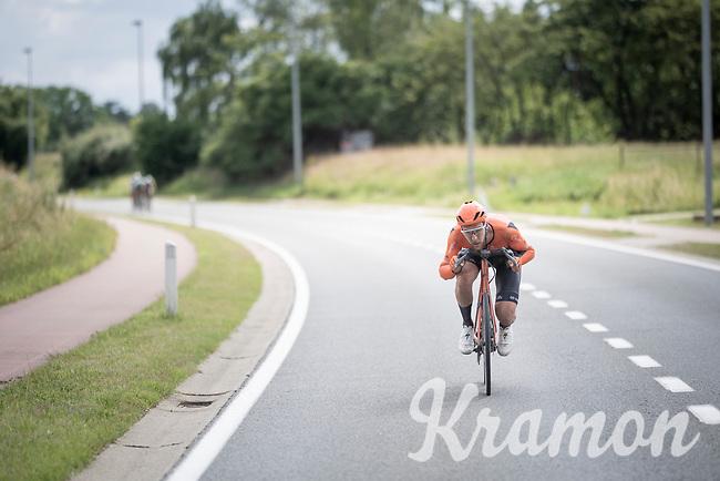 race leader Jan-Willem Van Schip (NED/Roompot-Charles) & his (famously) awkward tiny handlebars...<br /> <br /> Dwars door het Hageland 2019 (1.1)<br /> 1 day race from Aarschot to Diest (BEL/204km)<br /> <br /> ©kramon