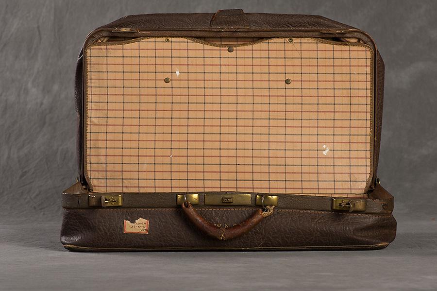 W N S<br /> Willard Suitcases<br /> &copy;2016 Jon Crispin