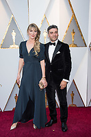 Elvira Lind and Oscar Isaac arrive on the red carpet of The 90th Oscars&reg; at the Dolby&reg; Theatre in Hollywood, CA on Sunday, March 4, 2018.<br /> *Editorial Use Only*<br /> CAP/PLF/AMPAS<br /> Supplied by Capital Pictures