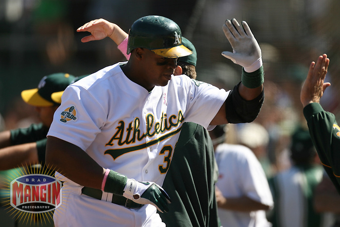 Frank Thomas. Baseball: Baltimore Orioles vs Oakland Athletics at McAfee Coliseum in Oakland, CA on September 2, 2006. Photo by Brad Mangin