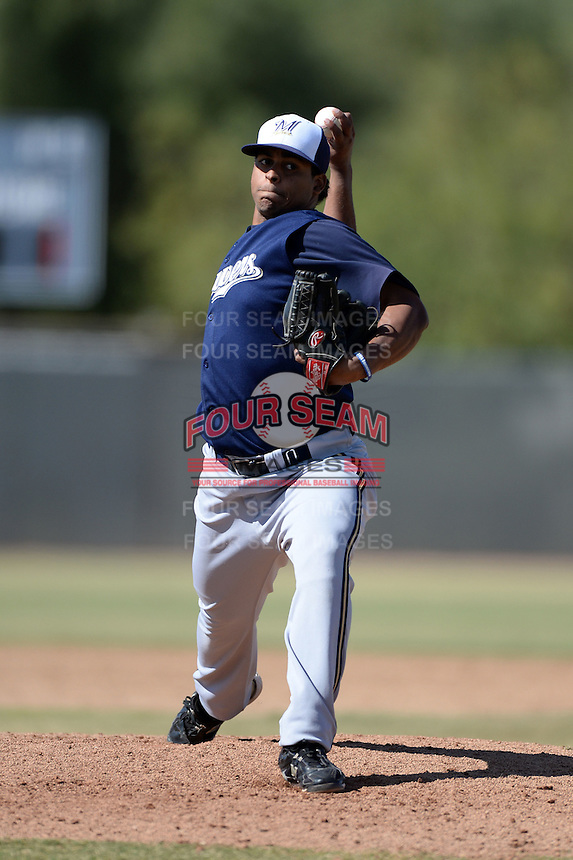 Milwaukee Brewers pitcher Angel Ventura (32) during an Instructional League game against the Oakland Athletics on October 10, 2013 at Maryvale Baseball Park Training Complex in Phoenix, Arizona.  (Mike Janes/Four Seam Images)