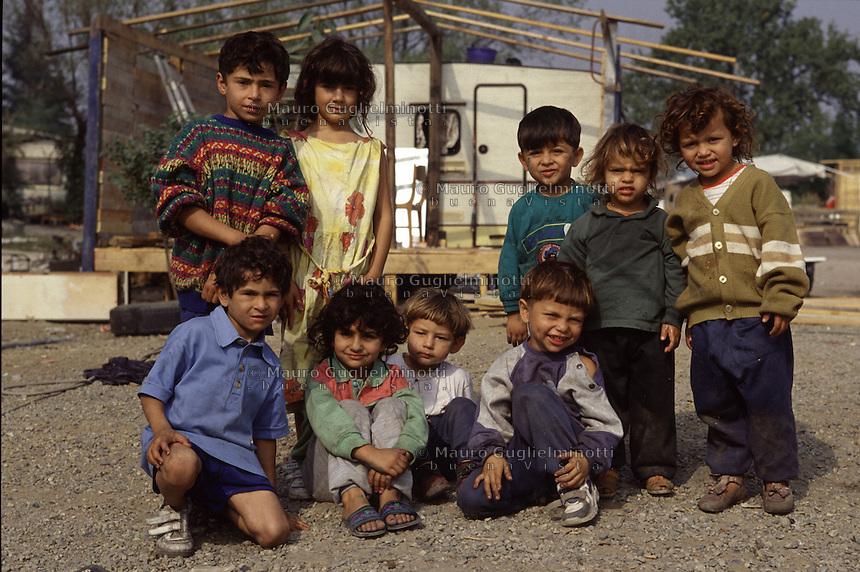 ITALIA Torino  Campo nomadi Rom  (Campo dell'Arrivore, 2001)