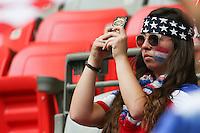 VANCOUVER, CANADÁ, 05.07.2015 - EUA-JAPÃO - Torcida dos Estados Unidos durante lance com  do Japão jogo válido pela final da Copa do Mundo de Futebol Feminino no Estádio BC Place em Vancouver  no Canadá neste domingo, 05. (Foto: Vanessa Carvalho/Brazil Photo Press)
