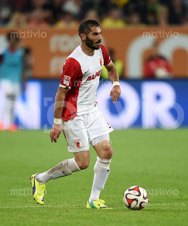 Fussball  1. Bundesliga  Saison 2014/2015  2. Spieltag FC Augsburg - Borussia Dortmund      29.08.2014 Halil Altintop (FC Augsburg) am Ball