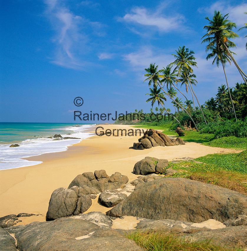 Sri Lanka, West coast near Ambalangoda: secluded beach | Sri Lanka, Westkueste bei Ambalangoda: einsamer Strand
