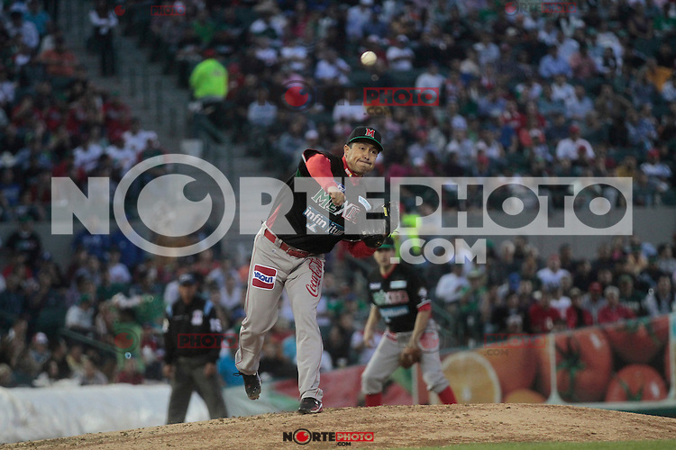 lanzador Rodrigo lopez .durante  la Serie del Caribe 2013  de Beisbol,  Mexico  vs venezuela,  en el estadio Sonora el 3 de febrero de 2013 en Hermosillo..©(foto:Baldemar de los Llanos/NortePhoto)........During the game of the Caribbean series of Baseball 2013 between Mexico  vs  çvenezuela . .©(foto:Baldemar de los Llanos/NortePhoto).http://mlb.mlb.com/mlb/events/winterleagues/league.jsp?league=cse....