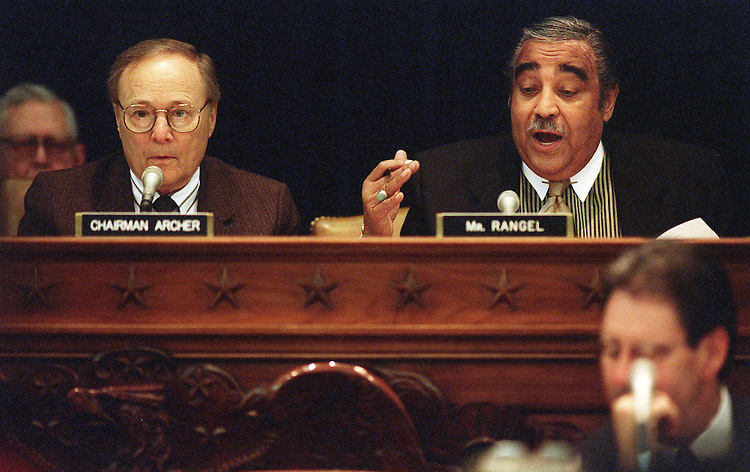 3/22/00.EDUCATION SAVINGS AND SCHOOL EXCELLENCE ACT--House Ways & Means Chairman Bill Archer, R-Texas, and ranking Democrat Charles Rangel, D-N.Y., during the markup..CONGRESSIONAL QUARTERLY PHOTO BY SCOTT J. FERRELL