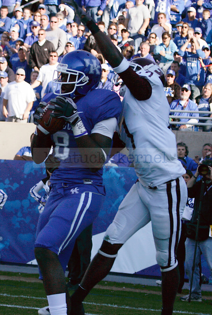 Junior wide receiver Chris Matthews makes a touchdown from an 18 yard pass from Morgan Newston, making the score 30-6 in the second half of UK's win over EKU on Saturday, Nov. 7, 2009 at Commonwealth Stadium. Photo by Britney McIntosh | Staff