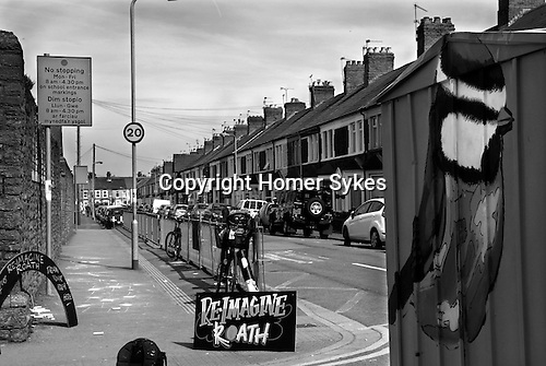 Re-imagine Roath street scene. Re-Imagining Roath was an interactive chalk drawing event, The Shed painted that day by the Modern Alchemists, became the MiR Writer in Residence space.  May 2014