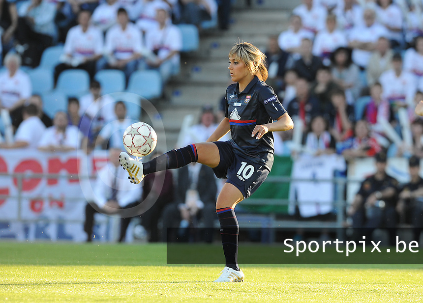 Uefa Women 's Champions League Final 2010 at  Coliseum Alfonso Perez in Getafe , Madrid : Olympique Lyon - Turbine Potsdam : Louisa Necib.foto DAVID CATRY / Vrouwenteam.be