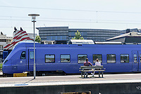 Bahnhof vor Fährhafen, Ystad, Provinz Skåne (Schonen), Schweden, Europa<br /> station at ferryport Stortorget  in Ystad, Sweden