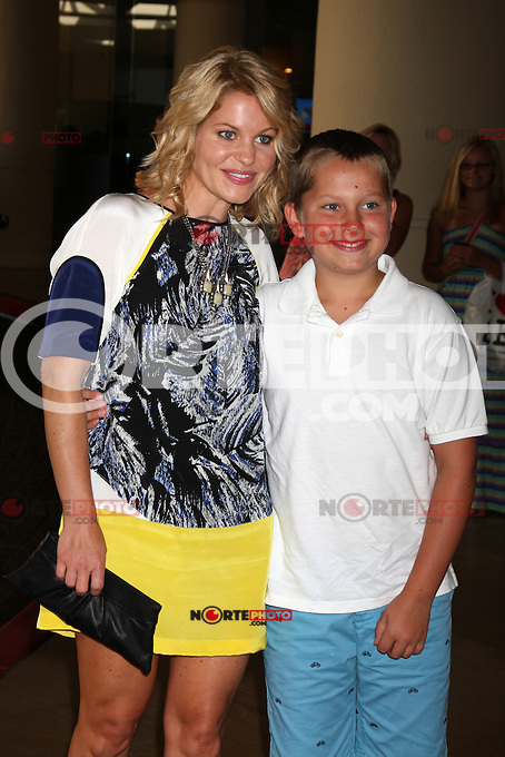 BEVERLY HILLS, CA - AUGUST 02: Candice Cameron Bure and Maks Bure at the Hallmark Channel and Hallmark Movie Channel's 2012 'TCA Summer Press Tour' on August 2, 2012 in Beverly Hills, California. &copy;&nbsp;mpi26/ MediaPunch Inc. /NortePhoto.com<br /> <br /> **SOLO*VENTA*EN*MEXICO**<br /> **CREDITO*OBLIGATORIO** <br /> *No*Venta*A*Terceros*<br /> *No*Sale*So*third*<br /> *** No Se Permite Hacer Archivo**<br /> *No*Sale*So*third*