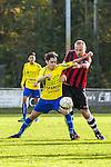 2015-10-25 / Voetbal / seizoen 2015-2016 / Schilde - Ternesse / Thomas Dons (L. Schilde) met Matteo Cecchi